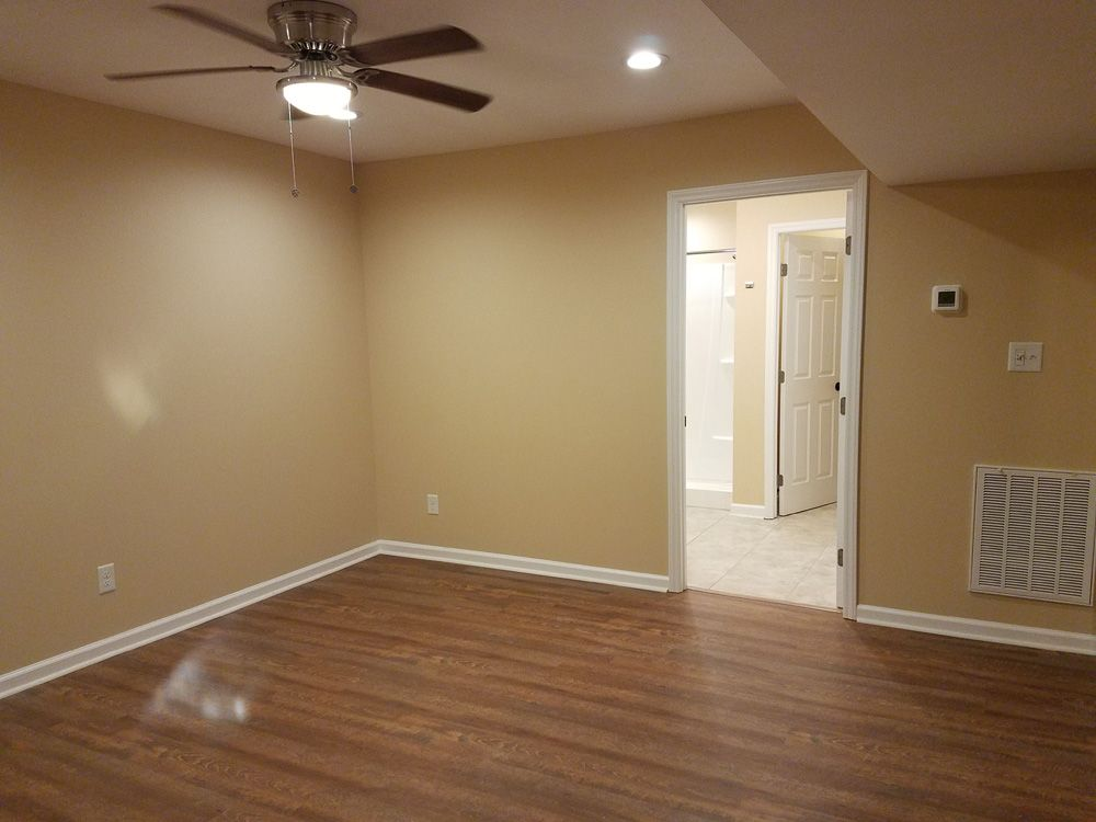 Basement Bonus Room to Bath