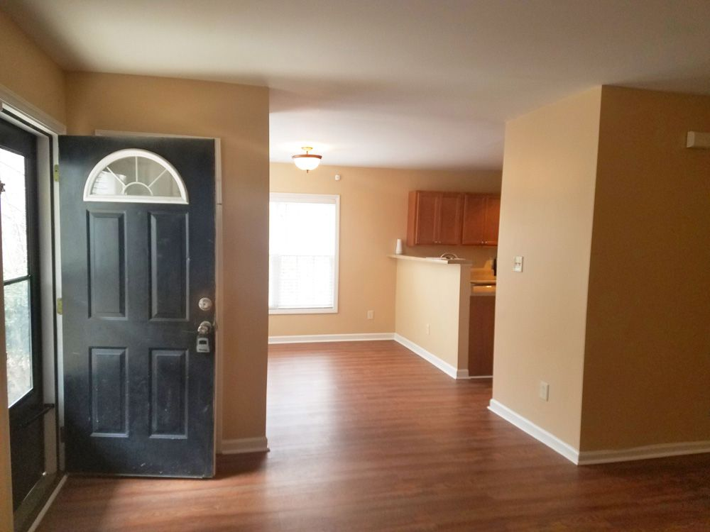 AFTER: Livingroom to Dinning Room